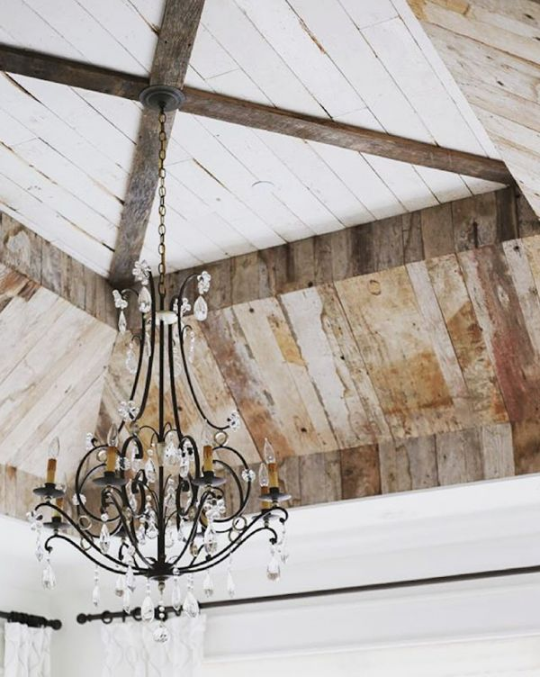 Stunning ceiling! Is this shabby chic? Country farmhouse meets uperclass sparkle? I have no idea what to call it. I just love it.