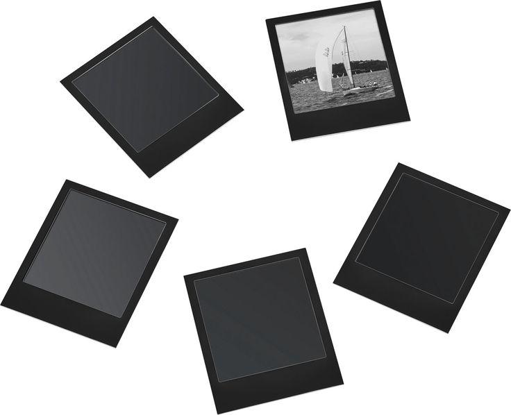 Cechy i korzyści: W komplecie znajduje się 5 sztuk magnetycznych ramek. Swoim kształtem imitują zdjęcia wykonane aparatem typu polaroid. Dzięki właściwościom magnetycznym ramki można przytwierdzać na ...