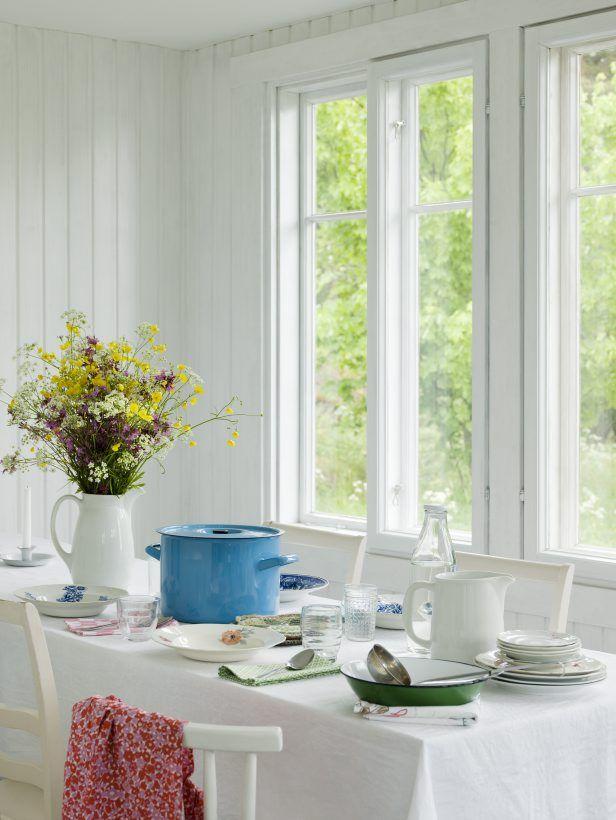 styling Mia Lundberg | photo Ullamaija Hänninen | Koti ja keittiö 6-7/2011