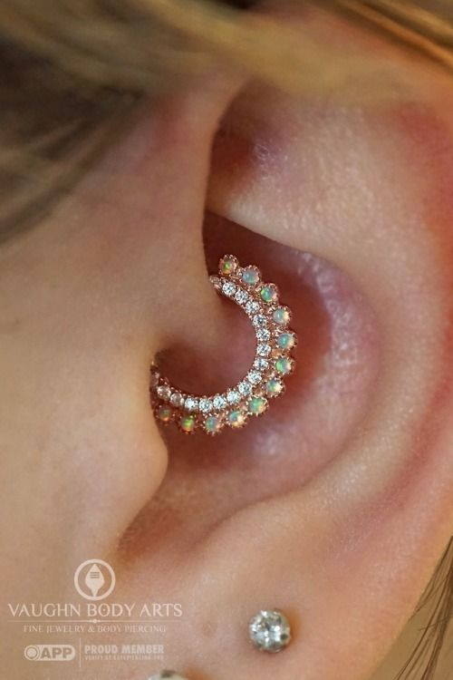 This is one damn good looking ear if we do say so ourselves.   Christina had her…