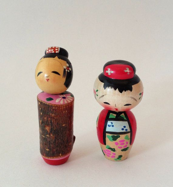 Vintage Pair Kokeshi Dolls (2) / Wooden Bobble Head / Japanese Ask a Question $16.00