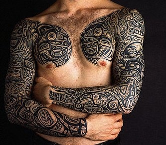 haida tattoo.. I'm not too big on getting a native tatt, but this is pretty sweet!