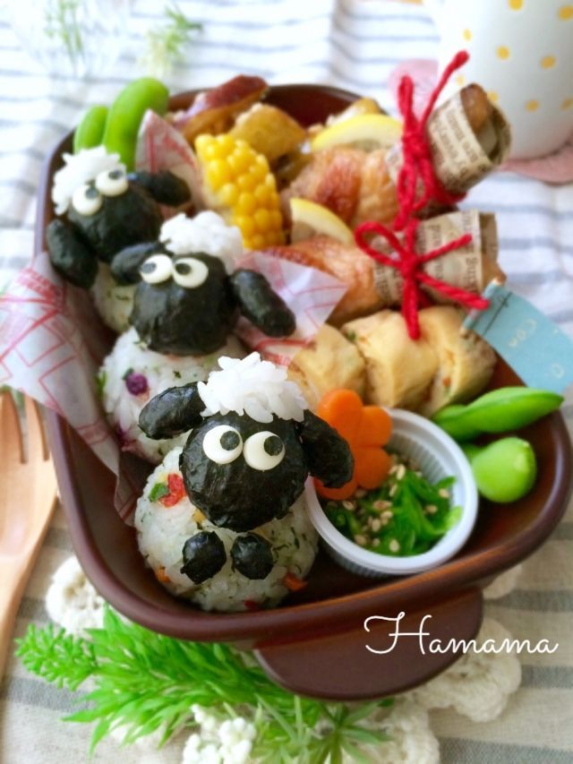 Shaun the Sheep character onigiri bento box
