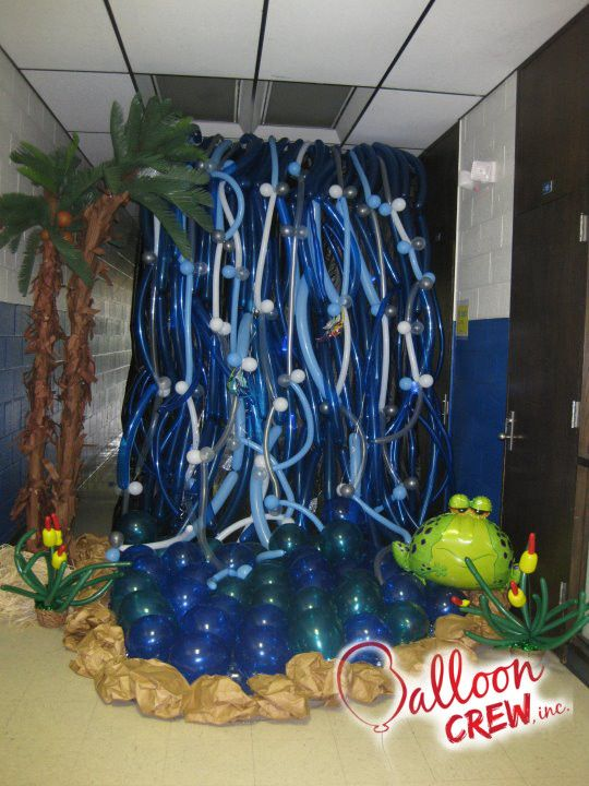 Balloon waterfall balloon ideas pinterest for Balloon decoration book
