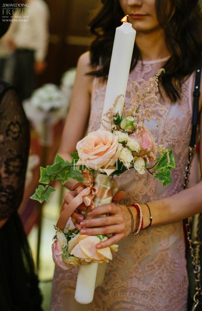 Lumânări de cununie pentru o nuntă de poveste Flower design/ www.frezia.ro Foto/Jugravu Florin