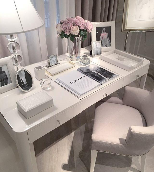 study; House decoration; Furniture; Table lamps; Floor lamps; decorative paint