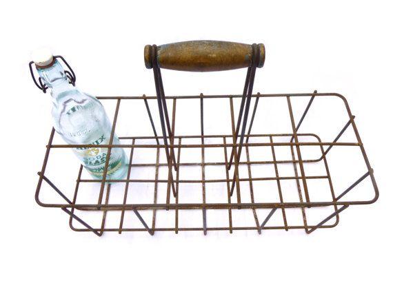 Ancien porte-bouteilles métal français 10 casiers poignée bois