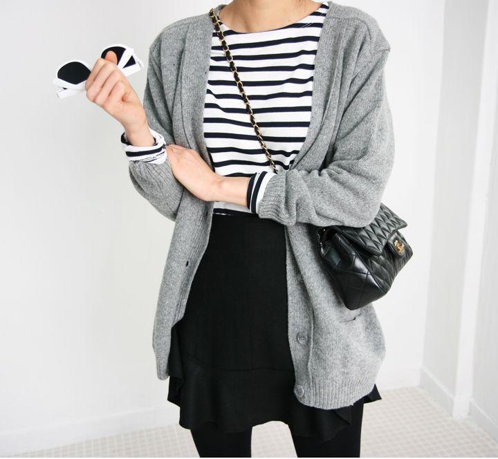 pollera y medias negras