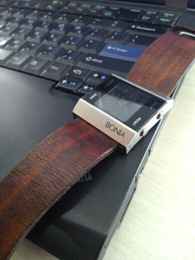 Strap watch by MyHand