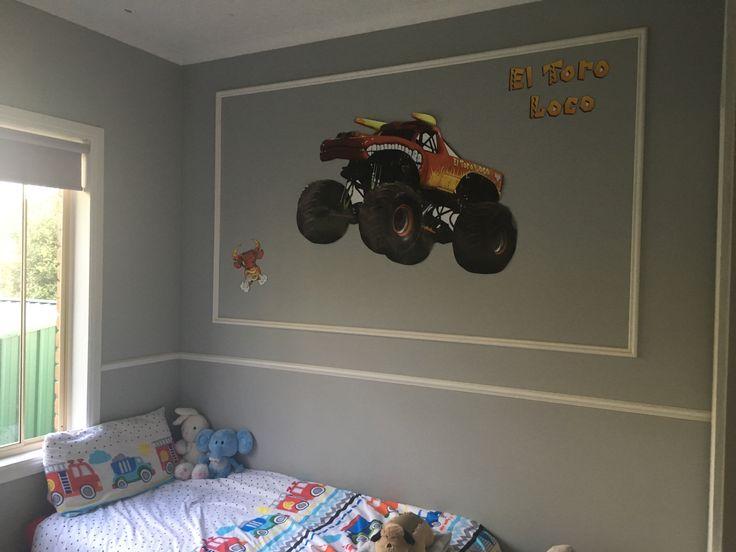 El toro loco wall decal