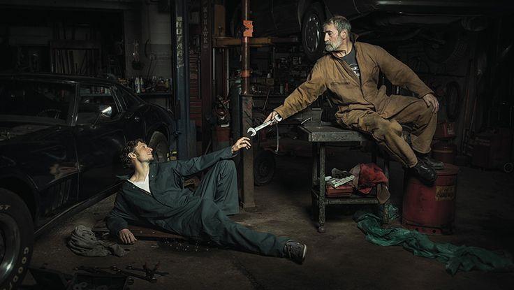 Gepinnt von Gabi Wieczorek auf Faces - What can you see?Pimp my Rembrandt: Renaissance-Gemälde mit Mechanikern nachgestellt