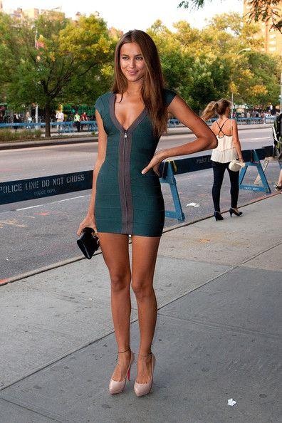 Irina Shayk Platform Pumps - Irina Shayk Heels Looks - StyleBistro