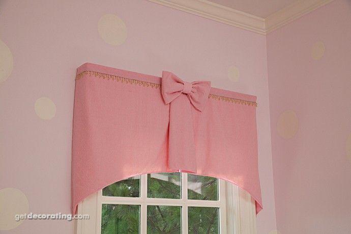 Cute window treatment for little girl's room