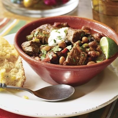 Slow-Cooker Chipotle Beef Chili  #christmas #holiday #recipes