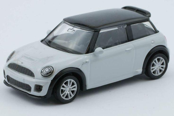1:64 scale BMW Mini Cooper S JCW (Black/White) – by RMZ
