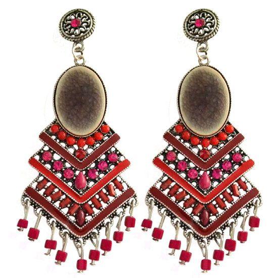 https://www.goedkopesieraden.net/Oorstekers-zilveren-hangers-met-rode-(strass)-steentjes