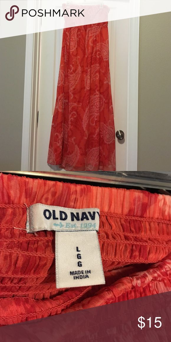 Flowy, paisley coral colored dress from Old Navy. Long, gauzy overlay strapless maxi. Very pretty and comfy. Dresses Strapless