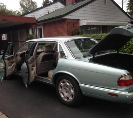 Toronto | MINT CONDITION JAGUAR VANDEN PLAS V8 - 2003. VERY LOW MILEAGE | Listed Items Free Local Classified Ads