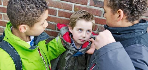 مقدمة عن التنمر مقدمات ابحاث وموضوعات تعبير عن التنمر Child Bullying School Bullying Bullying