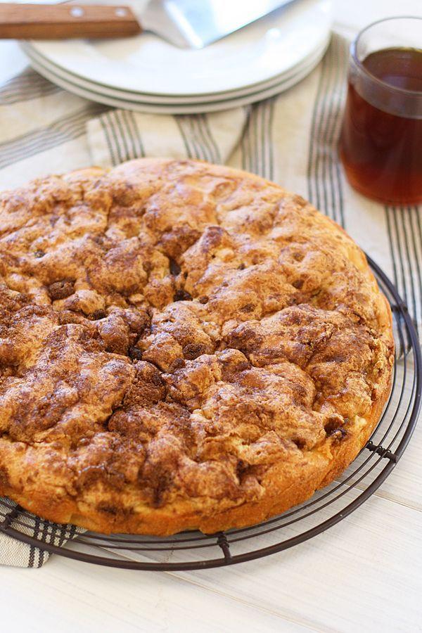 簡単混ぜて焼くだけ♡シナモン&黒砂糖を使ったリンゴのケーキレシピ - macaroni