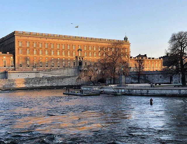 Fishing in Strömmen #fishing #almostsunset #stockholm #visitstockholm #visitsweden #sweden #capitalofscandinavia #ig_sweden #travel #ttot #photobydavidfeldt