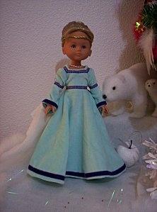 Robe bleue de Flora