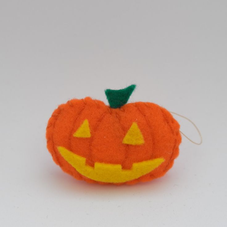 Laughing pumpkin - thanksgiving decor, handmade, hanging decor, halloween decoration, autumn pumpkin - by HalloweenOrChristmas on Etsy