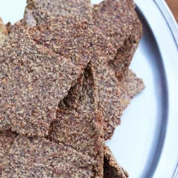 Gluten free low carb crackers, scads of flavour. This batch of crackers will have you reaching for another and another, guilt free. Completely tasty.