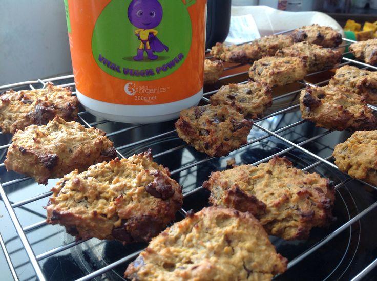 Peanut butter + Vital Veg + chick pea + honey biscuits !