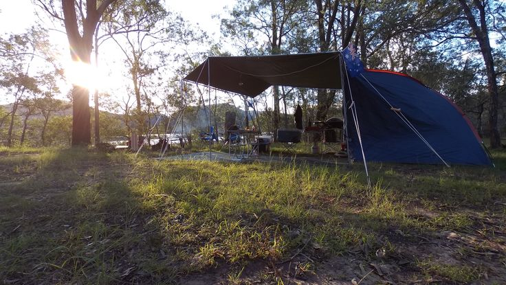 The EZI KIT tarpaulin shelter from CampKings Australia takes 1 person less than 20 Minutes to set up and it looks awesome too! #CampKingsCrew at GentlemansHalt #campground on our #GTFO #GetTheFamilyOutdoors #adventure #tarpaulin #EZIKIT #TarPOLEInRange #GentlemansHalt #Marramarra #sunset