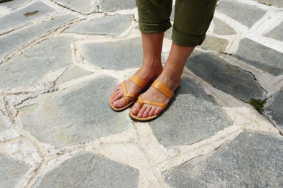 Brown Natural Leather Color Handmade Toe Ring Sandals