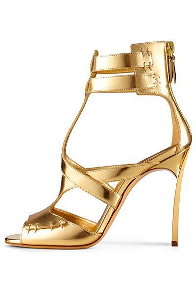 Luxo dourado                                                       …