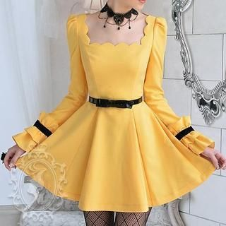 Buy 'Dabuwawa – Scalloped-Neckline Frilled-Cuff A-Line Dress' with Free International Shipping at YesStyle.com. Browse and shop for thousands of Asian fashion items from China and more!
