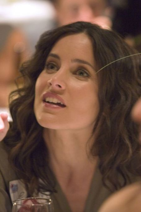 Laurel holloman and huge tits lenka stolar lesbian sex scene in the l world - 3 4