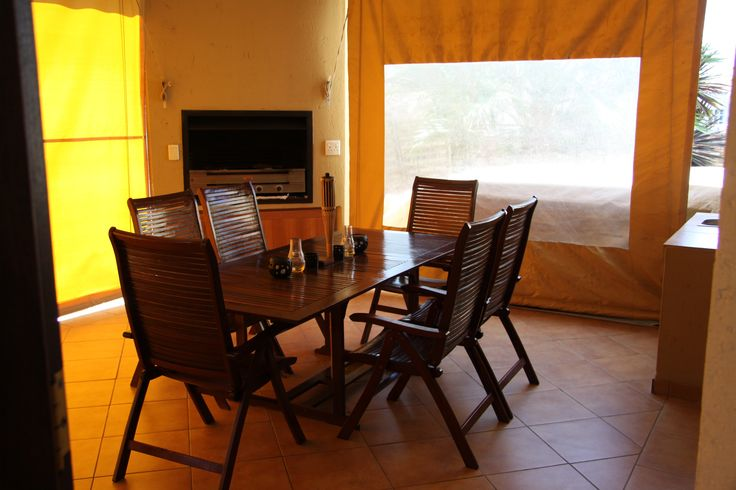 Self Catering accommodation home in Broederstroom.  Eagles Retreat in Hartbeespoort.