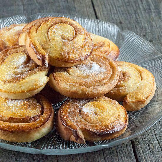 http://ohmydish.nl/recipe/zweedse-kaneelbroodjes/