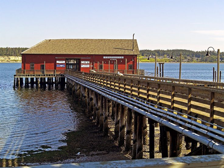 Coupeville is Washington's second oldest town and the seat of Island County, which includes both Whidbey and Camano Island. Coupeville, situated on Whidbey Island, at Penn Cove and Saratoga P…