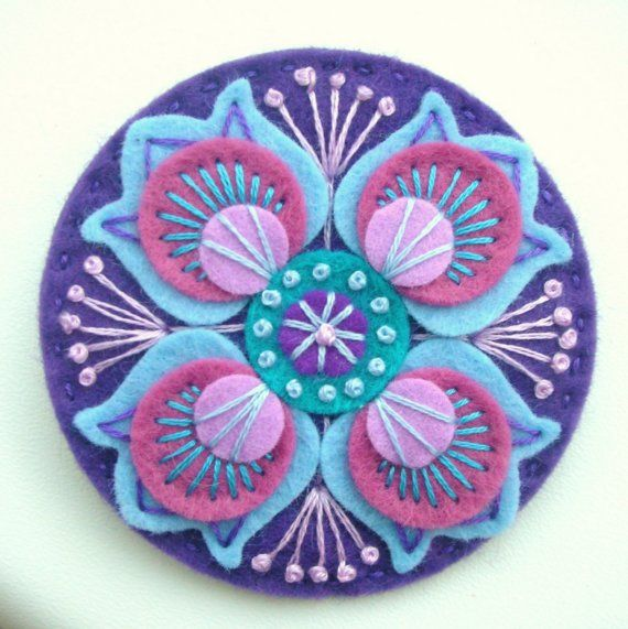 FELT BROOCH WITH FREEFORM EMBROIDERY