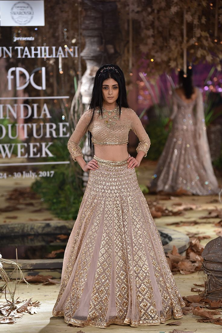 Complete Collection: Tarun Tahiliani at India Couture Week 2017