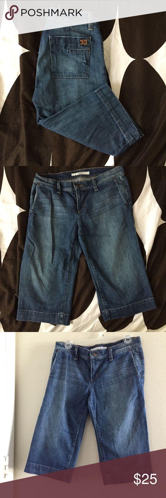 JOE'S jeans Size 27 Denim Capri Jeans JOE'S jeans Size 27 Denim Capri Jeans  Size: 27  Materials: 98% Cotton 2% Lycra  Measurements: Waist: 15.5in Hips: 19in Rise: 8in Inseam: 15.5in Length: 23in Joe's Jeans Jeans