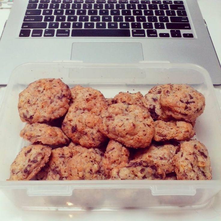 CEO-made chocolate chip & walnut cookies