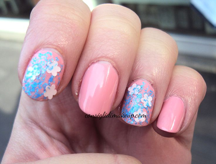 Consigli di Makeup: NOTD: QueensGate Florals Nails + Warwick Avenue - ...
