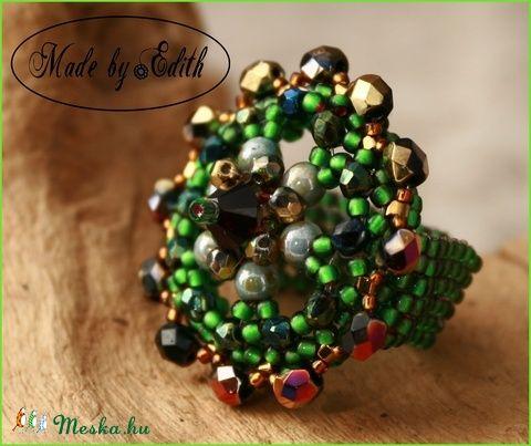 """""""Carmen"""" gyöngyből fűzött gyűrű (MadebyEdit) - Meska.hu"""