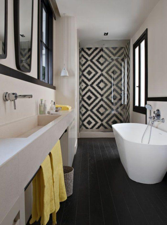 Les 25 meilleures id es de la cat gorie salle de bains avec parquet sur pinterest salles de for Peindre une baignoire en acrylique