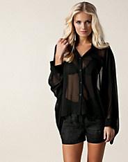 Oversize Detail Shirt - Club L - Svart - Blusar & skjortor - Kläder - NELLY.COM Mode online på nätet $249