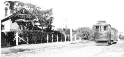 Beaumaris Tram down Ebden Avenue+
