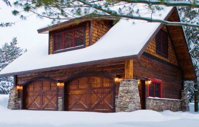 25 best ideas about carriage house on pinterest for Log cabin garage apartment