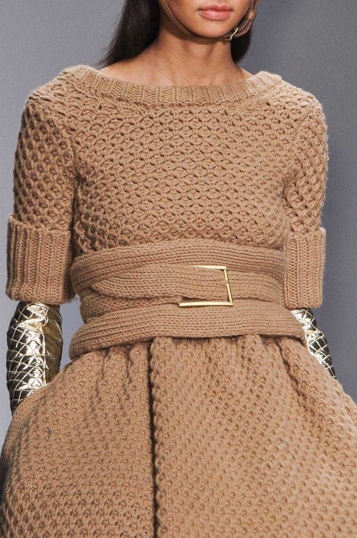 146 details photos of Daks at London Fashion Week Fall 2014.