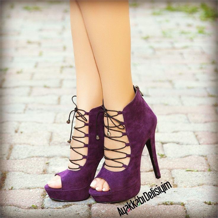 Milen Mor Topuklu Ayakkabı