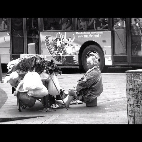 #contrast #bus #claim #happiness #street #homeless #sadness #italy #roma